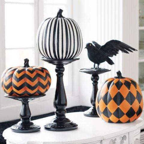 Seriously Spooky Indoor Halloween Decorating Ideas