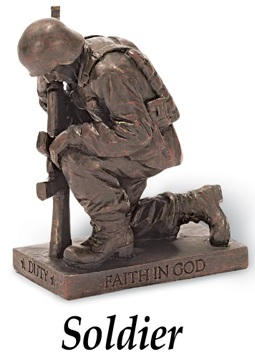 veterans-day-soldier-rememberance-figurine