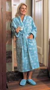 78084-Cozy Fleece Snowflake Bathrobe