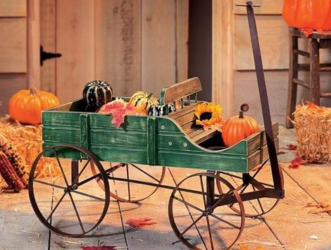 amish-wagon-decorative-garden-planter
